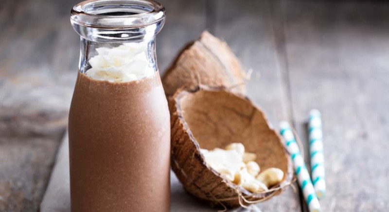Coconut Oil Shake as Recommended by a Holistic Nutiritonist